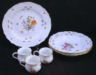 6x ANTIQUE 1700s Meissen Multi Color Gold Flower & Bugs Bowls, Cups