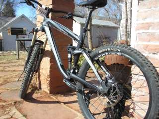 2011 Trek Remedy 7 19.5 Full Suspension Mountain Bike