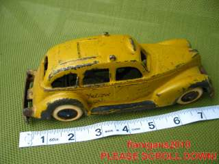 VINTAGE HUBLEY 2321 CAST IRON TAXI YELLOW CAB TOY CAR ESTATE SALE FIND
