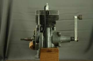 Vintage Mechanical Engineering School Training Model   Single Cylinder