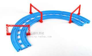 TOMY THOMAS TRAIN RAIL PARTS  R 05 DOUBLE CURVE RAIL
