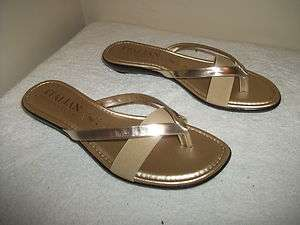 NEW Ladies Italian Shoemakers Gold Fashion Flip Flops NEW Without Box