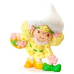 Strawberry Shortcake Mini Lemon Meringue Picking Flower