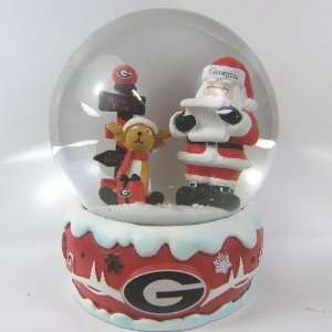 Georgia Bulldogs 2011 NCAA Holiday Snow Globe