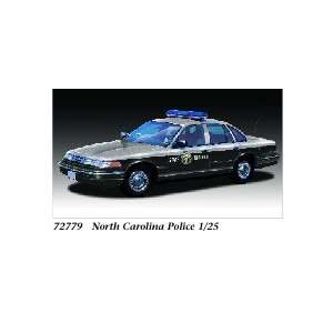 LINDBERG   1/25 Ford Crown Victoria State Police Car North