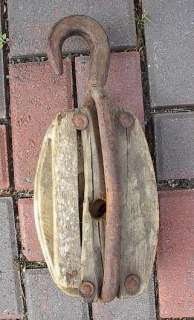 Vermont ANTIQUE BARN FARM Wooden Block PULLEY TOOL