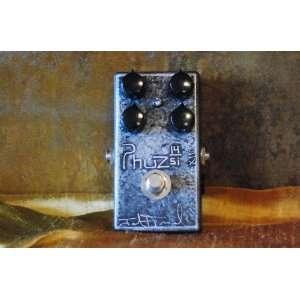 Fromel Phuz Si   Silicon Fuzz Pedal Musical Instruments