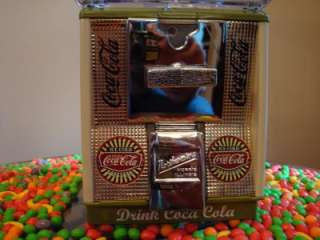 Northwestern 25¢ Cent *COCA COLA* Gumball Vending Machine Coin Op