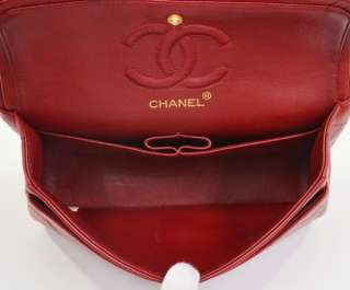 Authentic Red Quilted Chanel 2.55 9 shoulder bag gold tone Chain CC