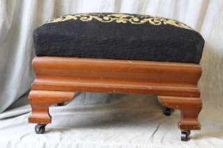 L142 ANTIQUE LARGE OTTOMAN FOOTSTOOL NEEDLEPOINT TOP BIGGS FURNITURE