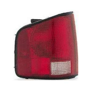 94 02 GMC SONOMA PICKUP TAIL LIGHT LH (DRIVER SIDE) TRUCK, 1st Design