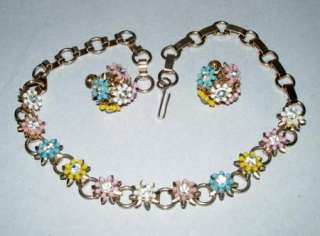 VINTAGE 1950 tiny PLASTIC FLOWERS NECKLACE + EARRINGS