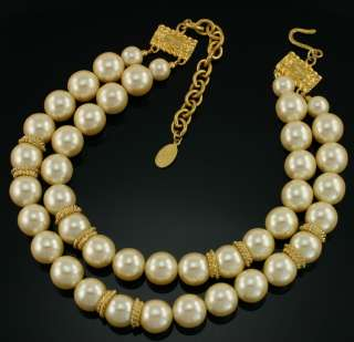 Vintage CAROLEE Chunky 14 mm Faux Pearl Gold Necklace