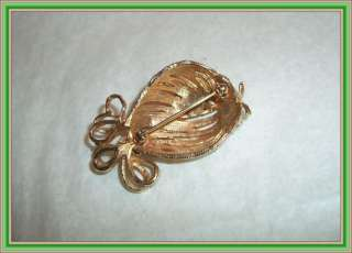 Boucher 1960s CLEAR CRYSTALS   2 FIGURAL PUFFER FISH BROOCH NR