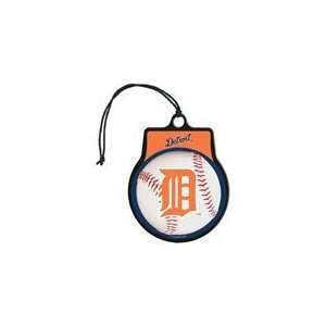MLB Licensed Team Logo Air Freshener Vanilla Scent  Detroit Tigers