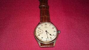 SWISS MEN WRISTWATCH OMEGAMODEL 1931 32 YEAR 15 JEWEL
