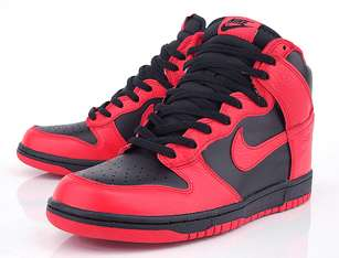 NIKE DUNK HIGH BLACK ACTION RED MENS 10 US 317982 038 BULLS