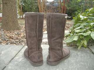 SERENE BEARPAWS Tall Snuggly Brown Suede & Shearling Boots 7
