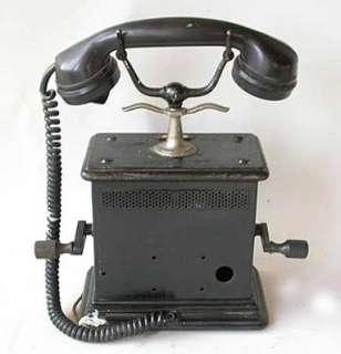 altes Telefon Telefonapparat Hörer Tischtelefon Telephon mit Kurbel