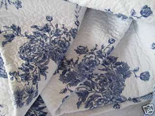 FRENCH COUNTRY CHIC COTTAGE LIVING BLUE ROSES WHITE QUILT SET~K