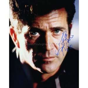 Mel Gibson SUPER HUNK signed HANDSOME photo