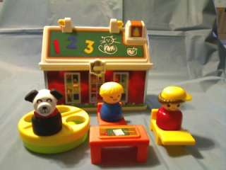 FISHER PRICE LITTLE PEOPLE PLAY SCHOOL HOUSE COMPLETE