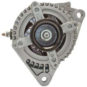 Quality Built 13913 Premium Alternator   Remanufactured Automotive