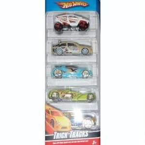 Hot Wheels 5 Car Gift Pack   Trick Tracks Toys & Games