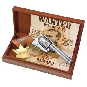 Pistol Gun Deluxe Box Set w/Poster & Sheriff Badge