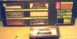 Set w/track & Powerpack, GE Diesel Yard Loco & 4 cars  142 |