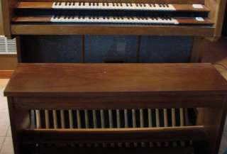 Conn Church Organ Artist Model 720 Dual Keyboard Musical Instrument P