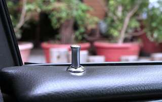 x4 Mercedes Benz Black Logo CHROME DOOR LOCK PINS E Class W212 W211